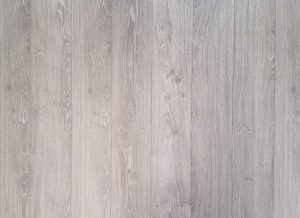 Lend a Classy Feel to the Floors With Wood Looking Tiles