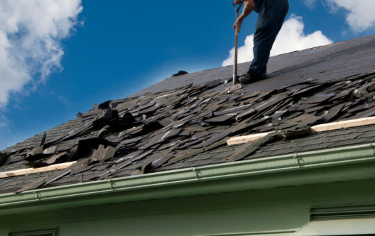 Signs Your Home Needs a New Roof
