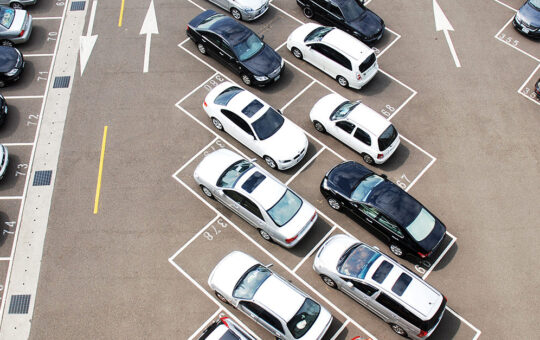 4 Maintenance Tips To Help Your Business's Parking Lot Make a Great First Impression