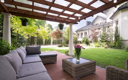 How To Create the Perfect Patio Space for Entertaining